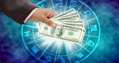 ТОП-3 самых богатых знаков зодиака